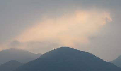 ピンクの雲.JPG